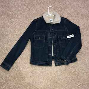 Jackets & Blazers - Old Navy jean jacket with a fur lining.